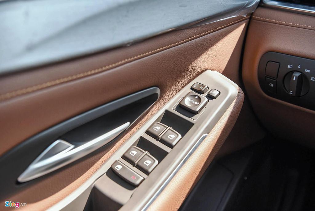 Mau sedan gia 990 trieu VinFast Lux A2.0 ban thuong mai co gi? hinh anh 13