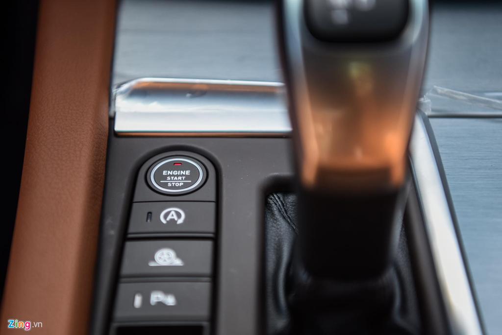 Mau sedan gia 990 trieu VinFast Lux A2.0 ban thuong mai co gi? hinh anh 9