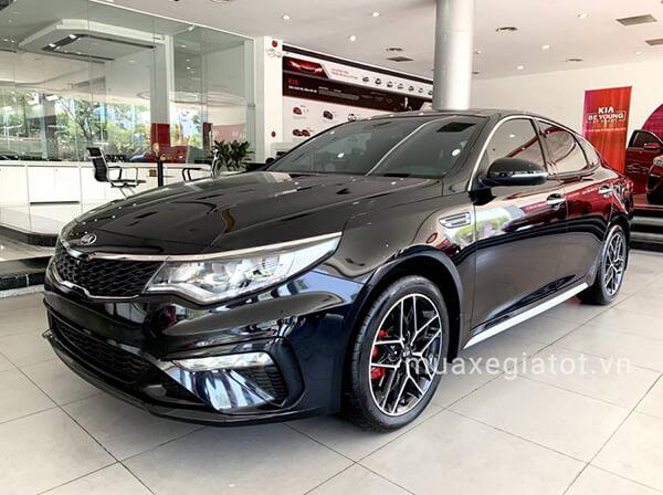 Kia Optima 2.4 GT Line 2019 với giá bán 969 triệu đồng