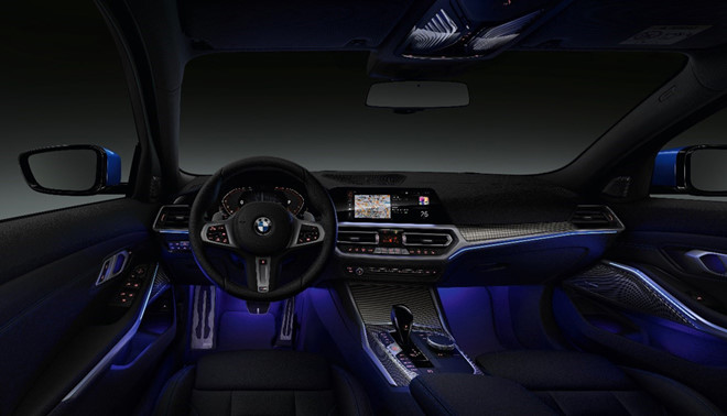 BMW 330i M-Sport nóng trong phân khúc thể thao - ảnh 1